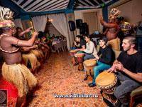 Африканские барабанщики Шоу
